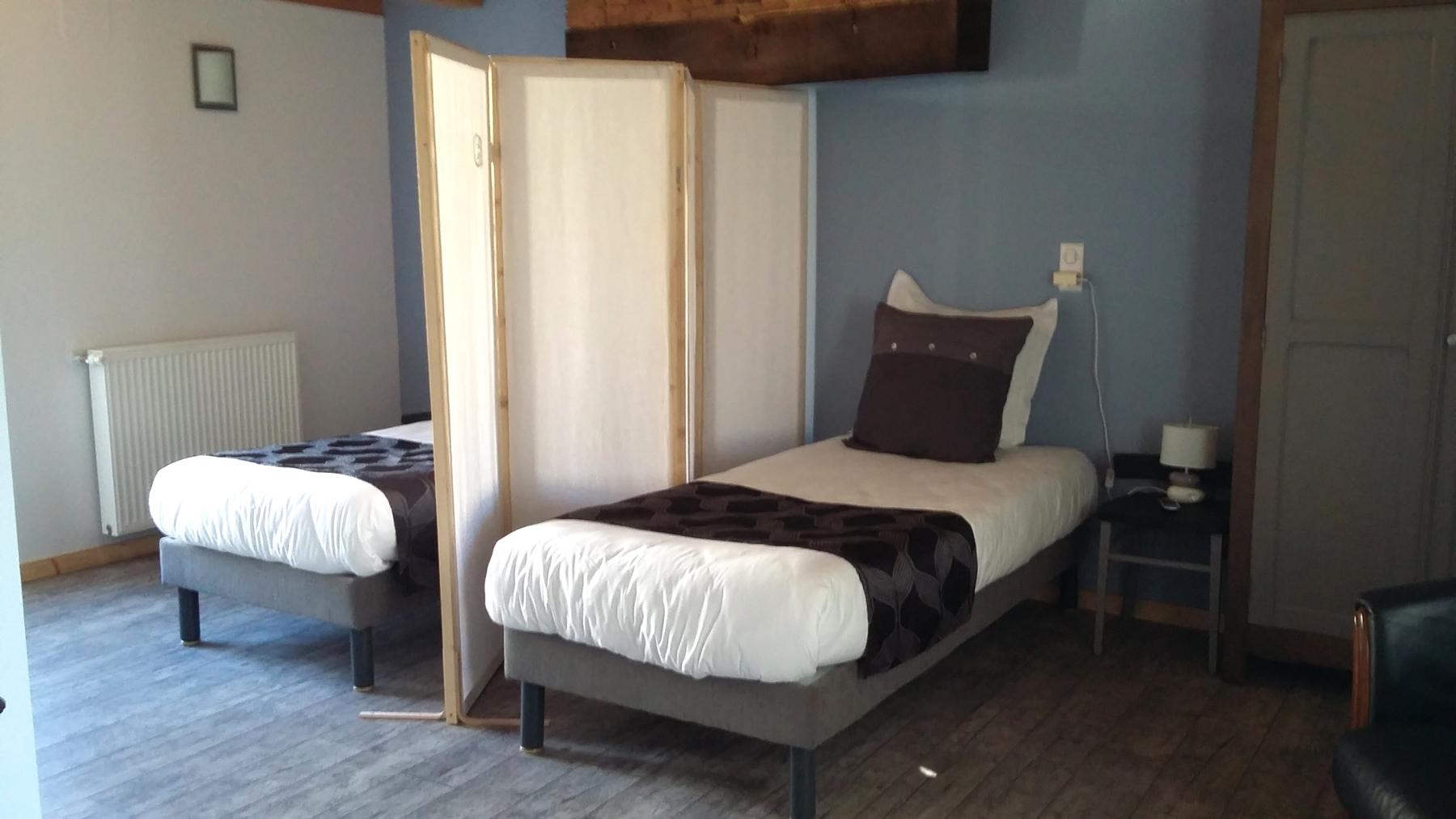 La chambre Alsace lits simples et paravent (à la demande)