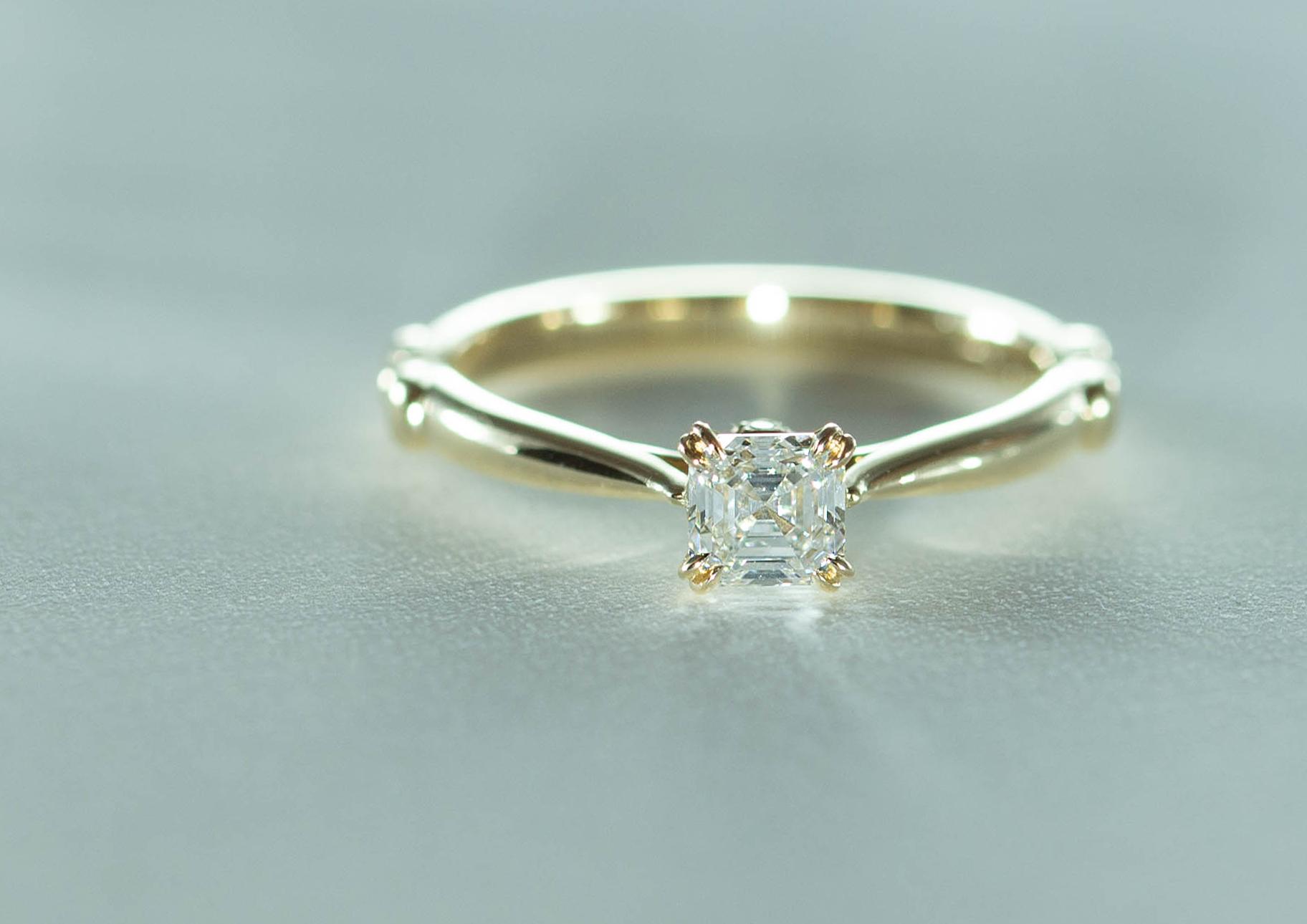 フルオーダーエンゲージリング  K14PG×アッシャーカットダイヤモンド 0.432ct  VVS1 D×メレダイヤモンド 0.03ct