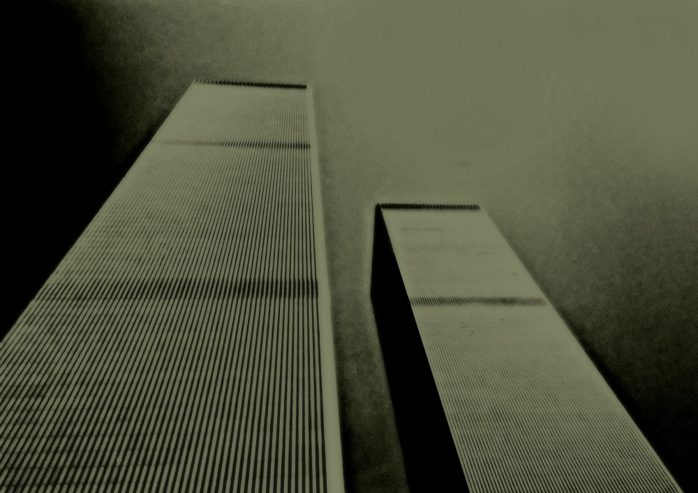 Twin Towers - Limited Edition - Pigment Inks/Acid Free Paper - Edition of 8