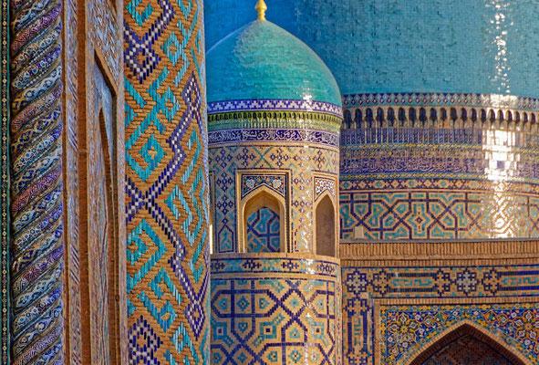 Deutsche Botschaft Usbekistan und Doca Reiseunternehmen