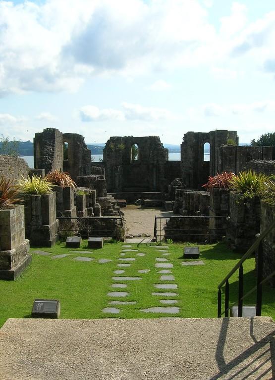 Ruines abbatiales