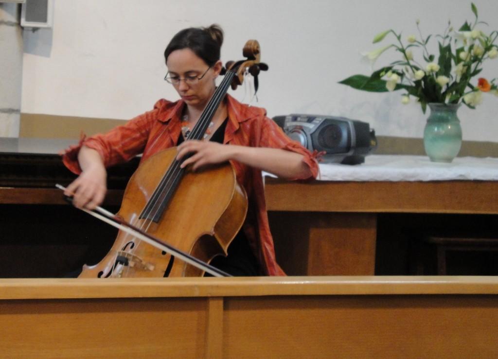 Elise au violoncelle