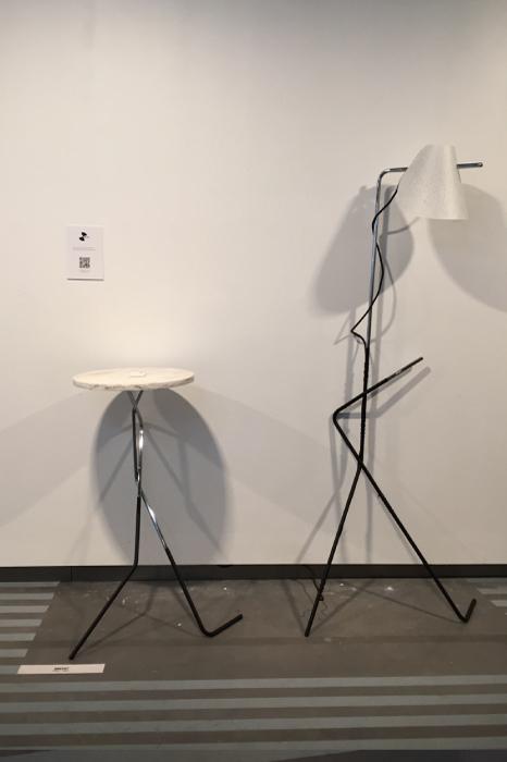 「BRECHT」というユニークなテーブルと照明、日本のデザインスタジオ pivoto(京都)の作品。