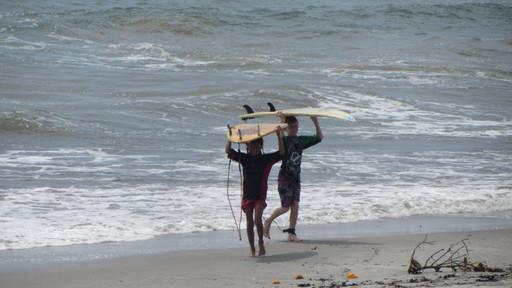 Surf au Panama en Famille