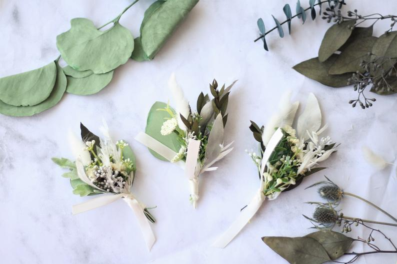 Grass greenery boutonniere - Wild Rose & Sparrow
