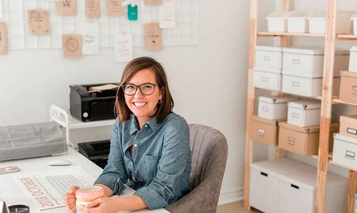 Chantel S. créatrice entrepreneure derrière The Paper Shoppe