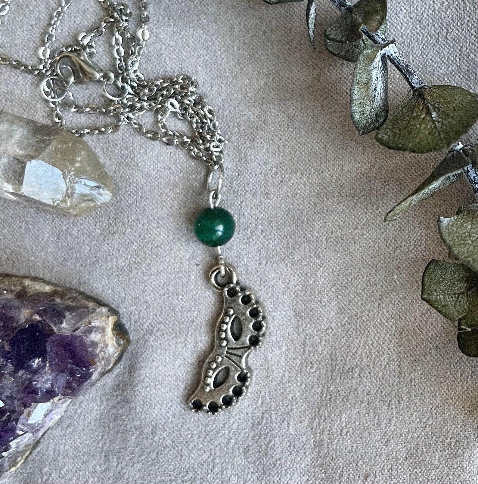 Collier perle de pyrithe et masque de Venise, 25$