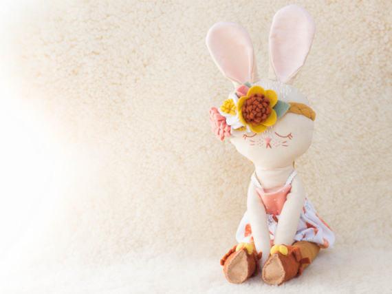 Poupée lapin, poupée enfant, petite prunelle