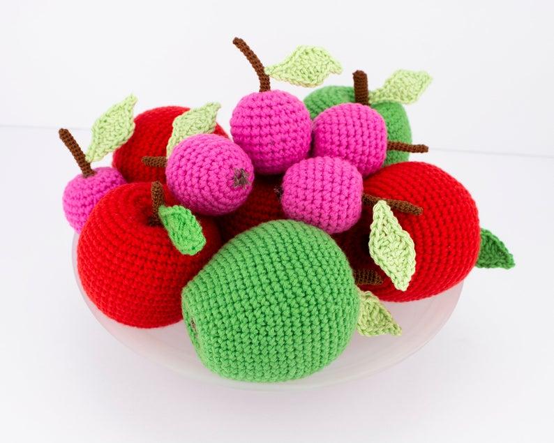 Pommes au crochet, jouet en coton pour les bébés