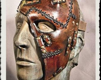 Demi masque de cuir