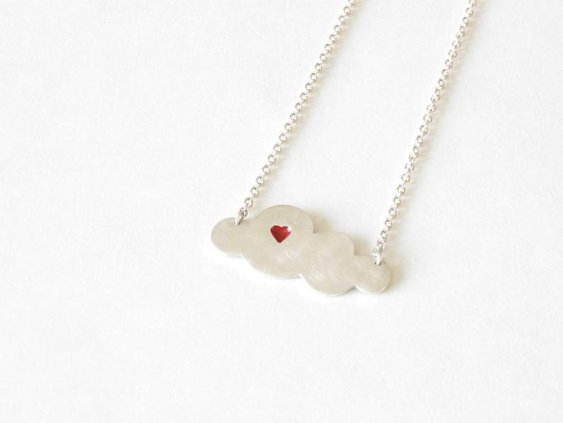Collier nuage au coeur rouge, Julie Mineau Jewelry, 78$