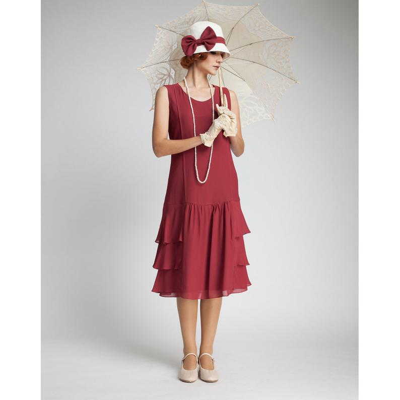 Gatsby dress in maroon with tiered skirt, 1920s