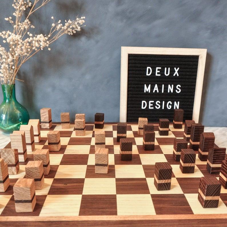 Jeu d'échecs fabriqué à Montréal
