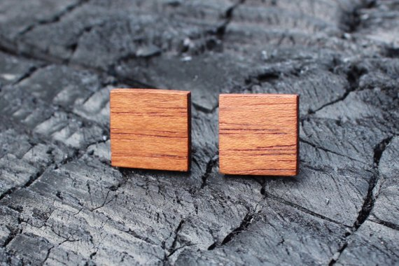 Bijoux en bois recyclé de Atelier Racine