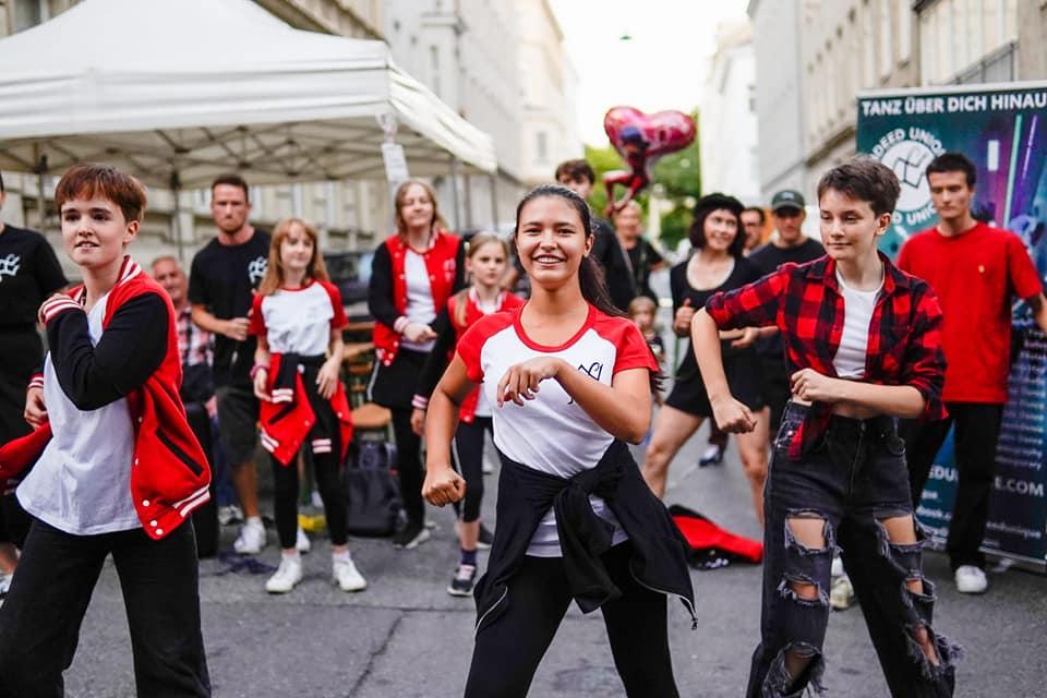 SHOW beim Reindorfgassenfest 2021