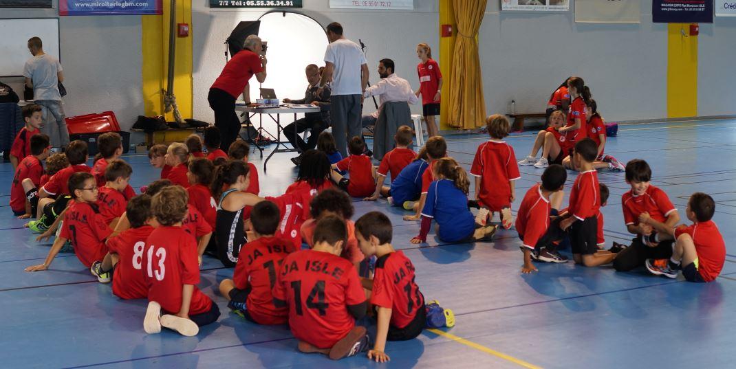 Séance photos individuels pour les jeunes de la JA Isle Handball
