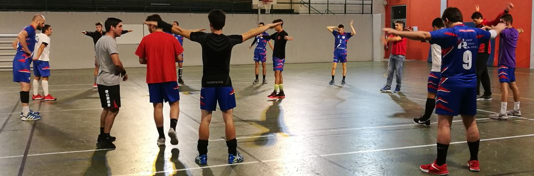 Seniors JA Isle Handball à l'échauffement contre Coulounieix en Coupe de France