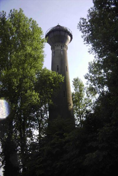 Wasserturm der Ortschaft Holz