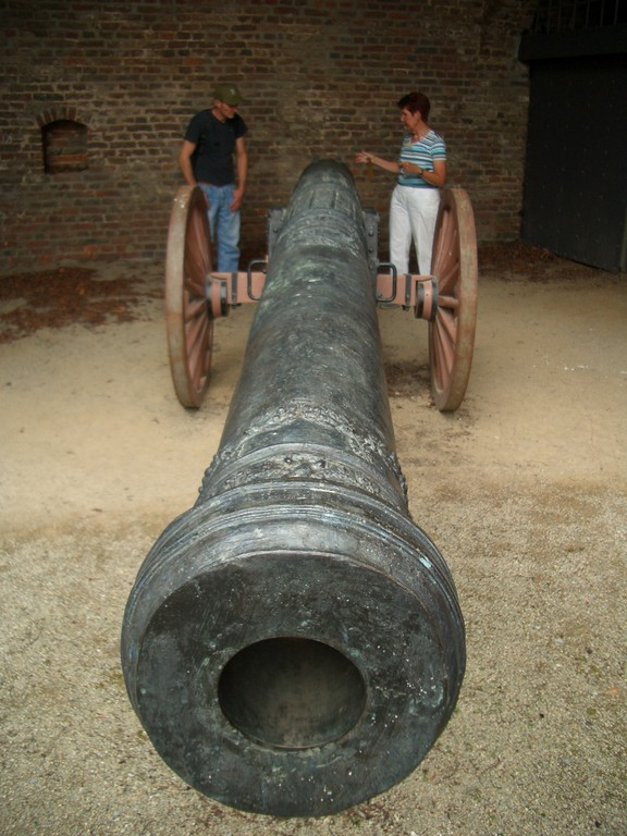 englische Kanone der königlichen Armee