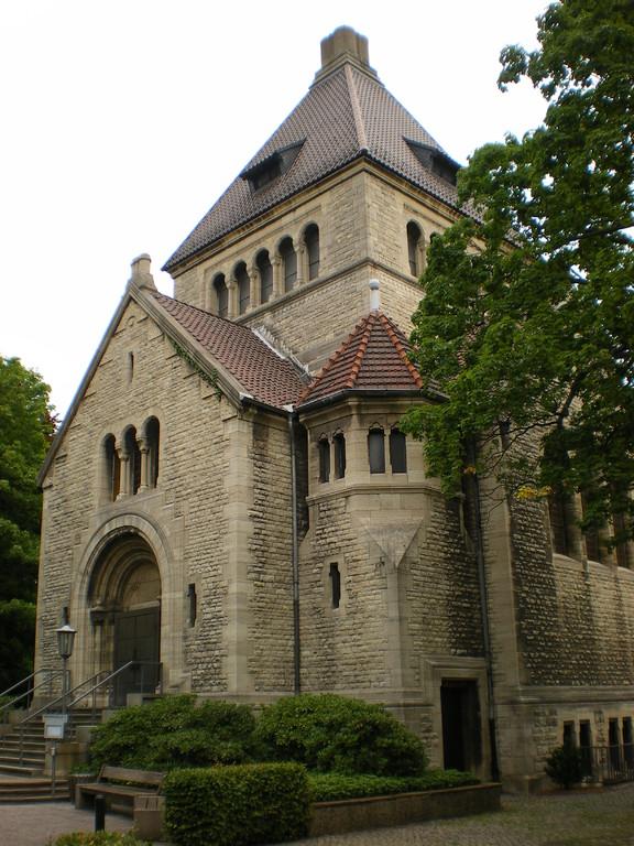Friedhof mit Krematorium