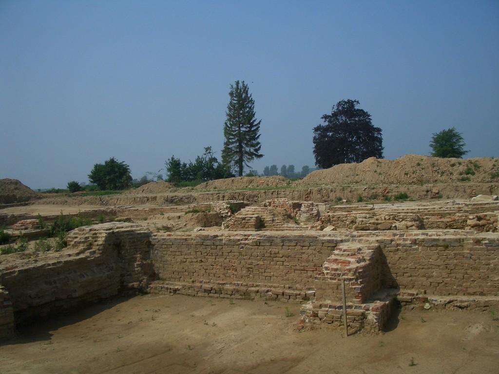 Fundament der Kirche von Otzenrath