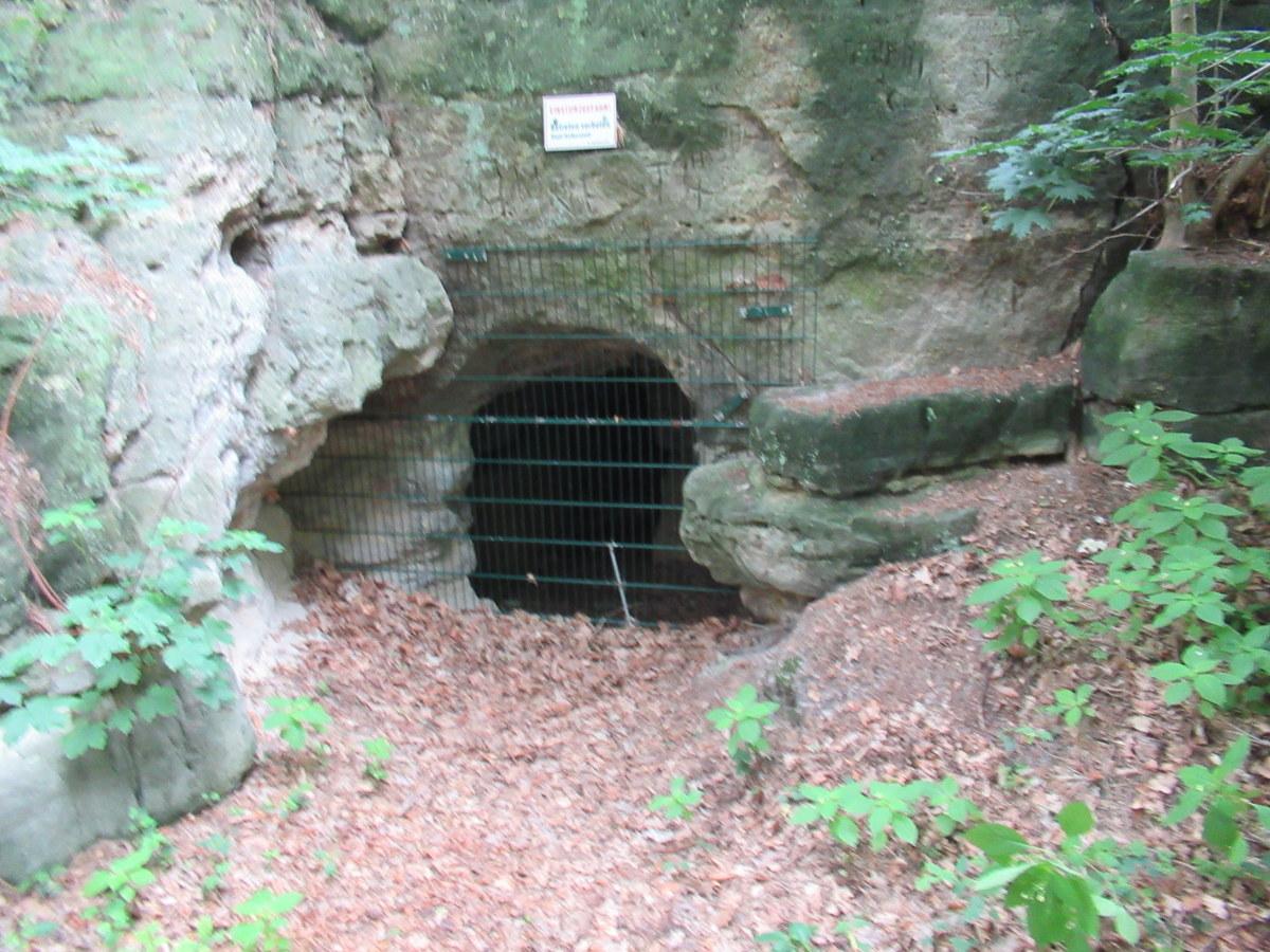 Südlicher Höhleneingang