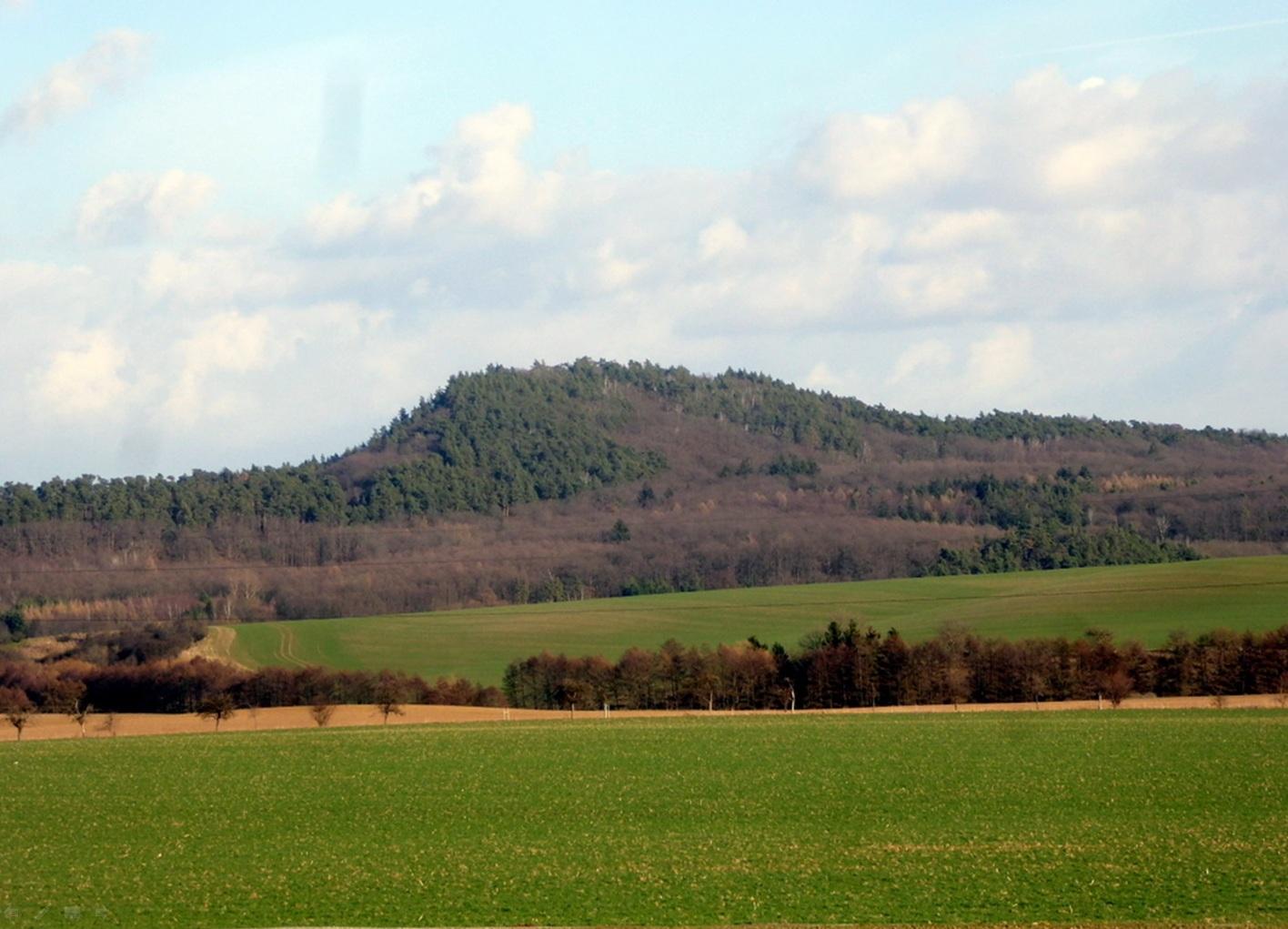 Der Hoppelberg bei Langenstein