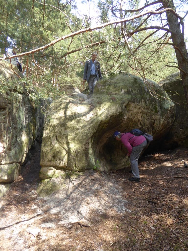 Man findet hier Kanzeln oben auf dem Fels