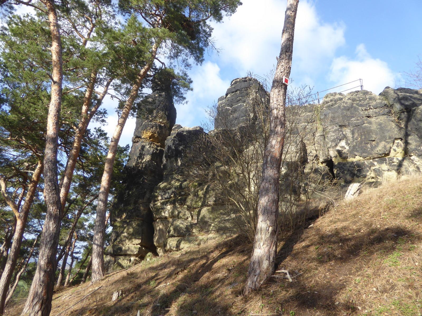 Der Fels von der Seite
