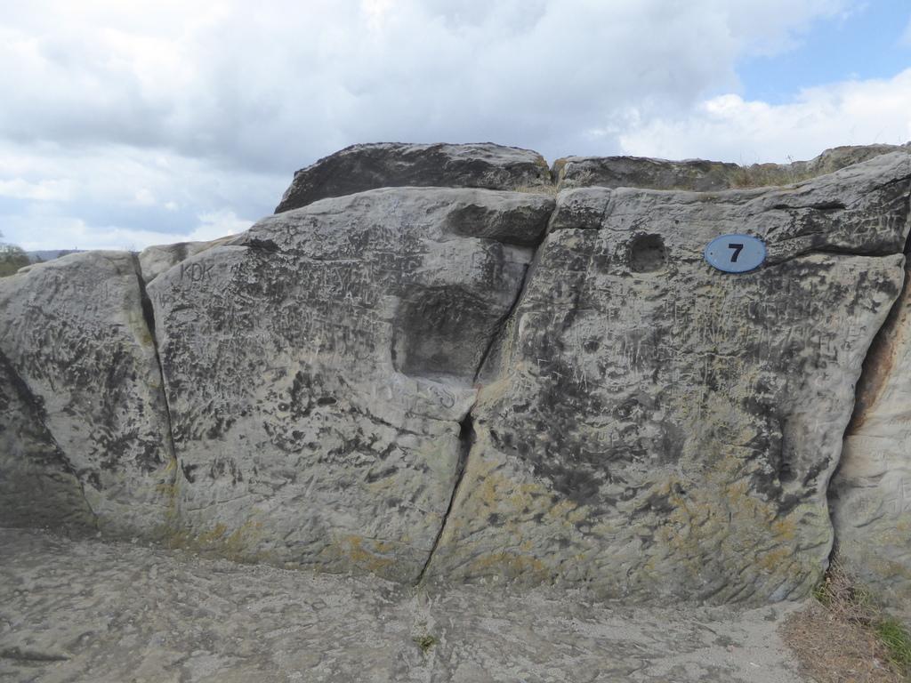 Das kleinere Summloch  am Regenstein