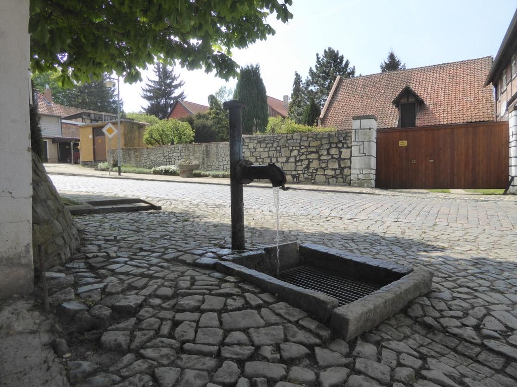Blick auf den Brunnen