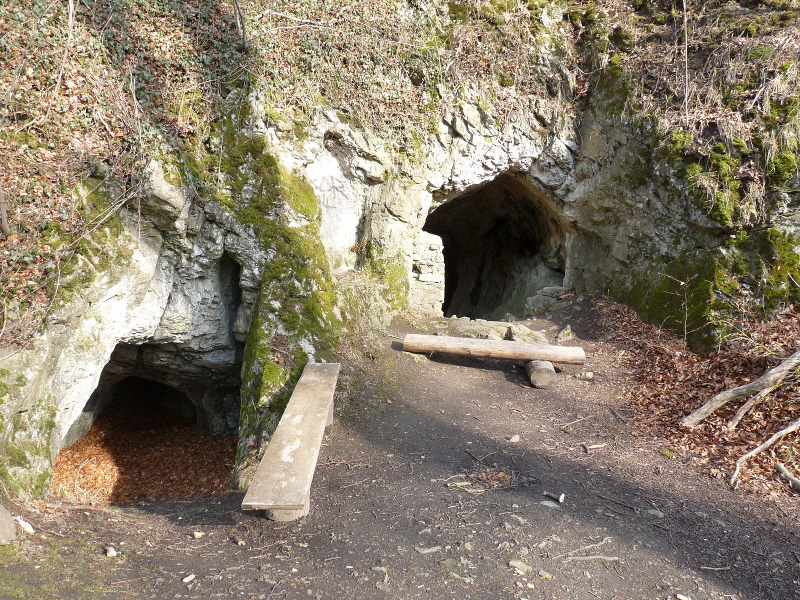 Der Eingangsbereich der Höhle
