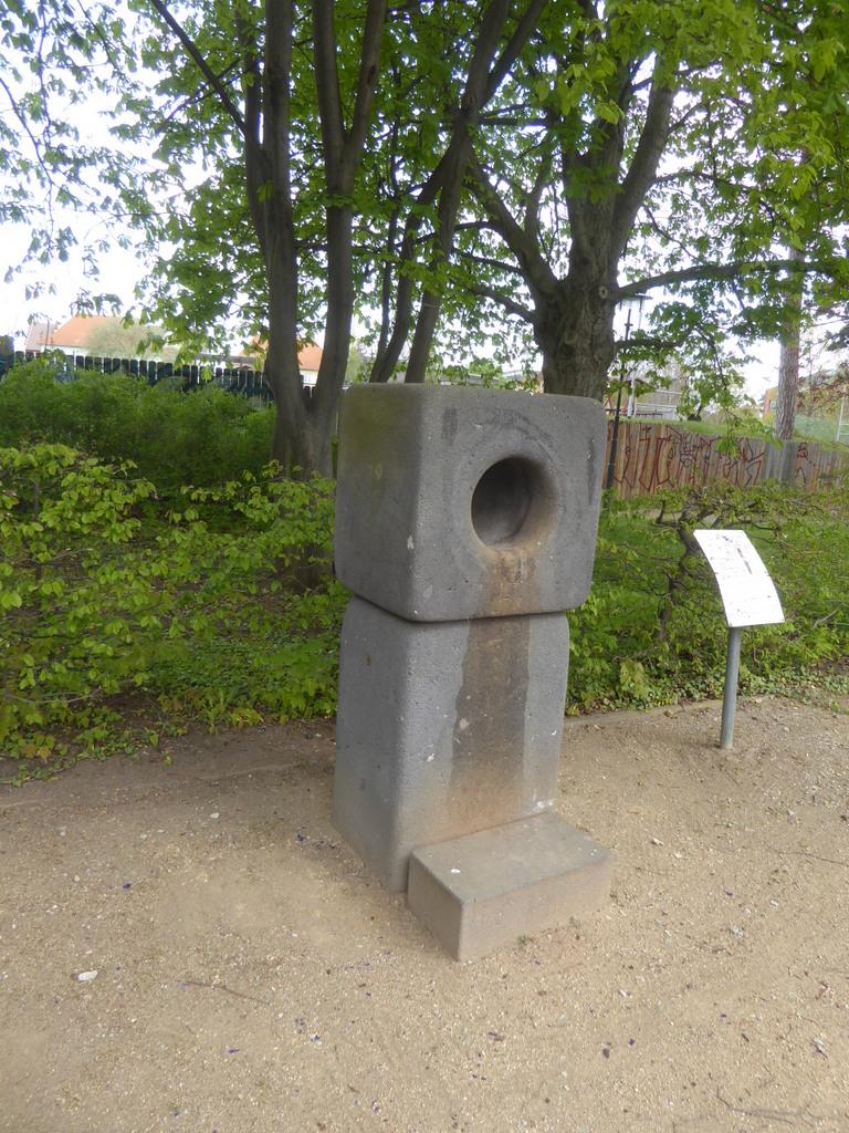 Der neue Summstein im Thiepark Blankenburg