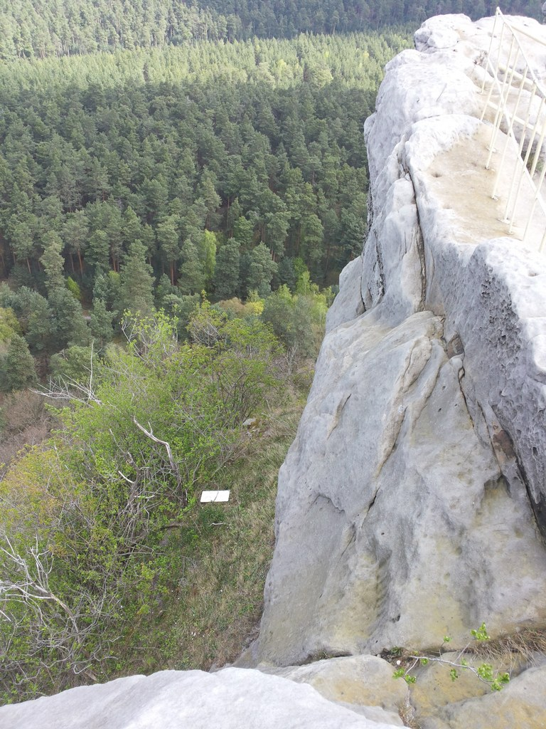 Der Kletterweg am Abgrund