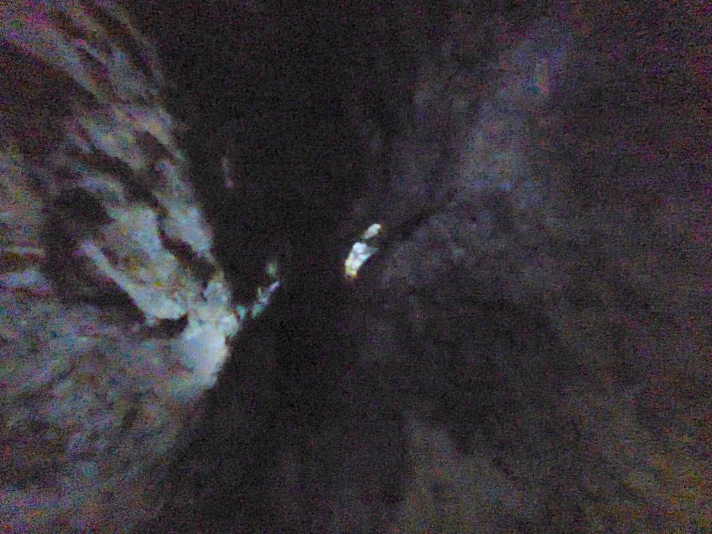 Blick zum Schall-Loch in der Decke