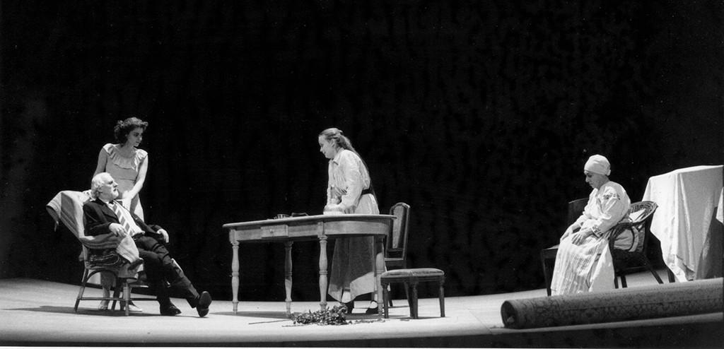"""""""Oncle Vania"""" de Anton Tchekov, mise en scène Claude Yersin - CDN Pays de la Loire"""