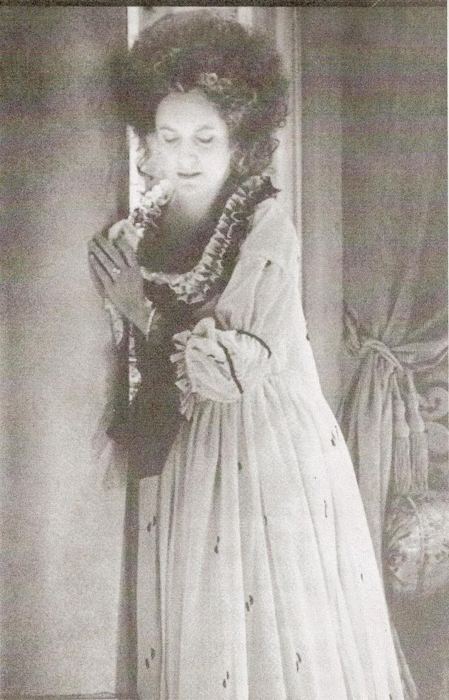 Contessa (Le Nozze di Figaro) Kent Opera