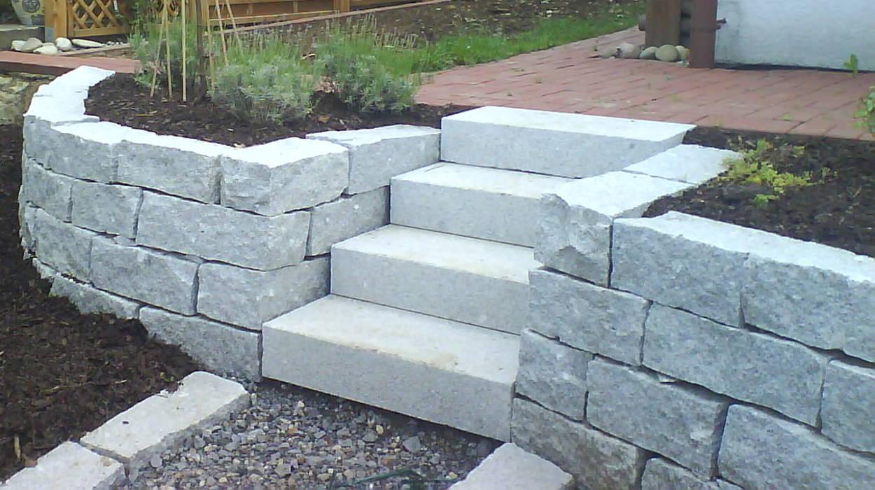 Treppe aus Blockstufen Granit