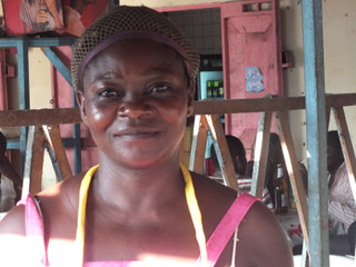 erste Microkreditnehmerin: Marguerite Badjeck, 2013      © Waltraut Biester