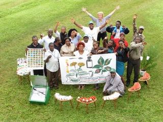 Abschluss Heilpfanzenseminar bei anamed in Bamenda deutsche Teilnehmerin: Ute Reher  © Waltraut Biester