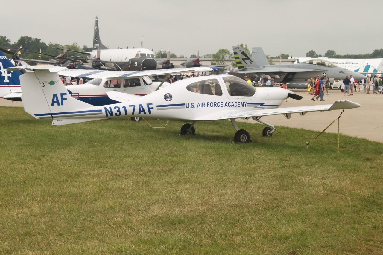 Schulflugzeuge