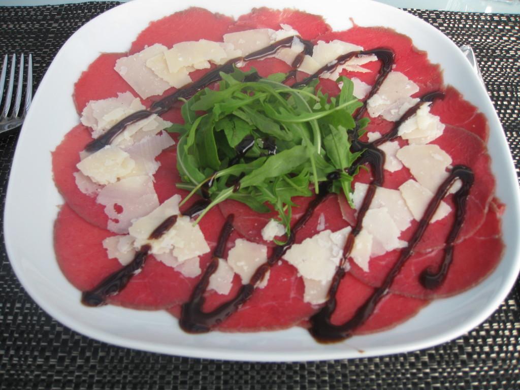 Carpaccio mit Parmigiano