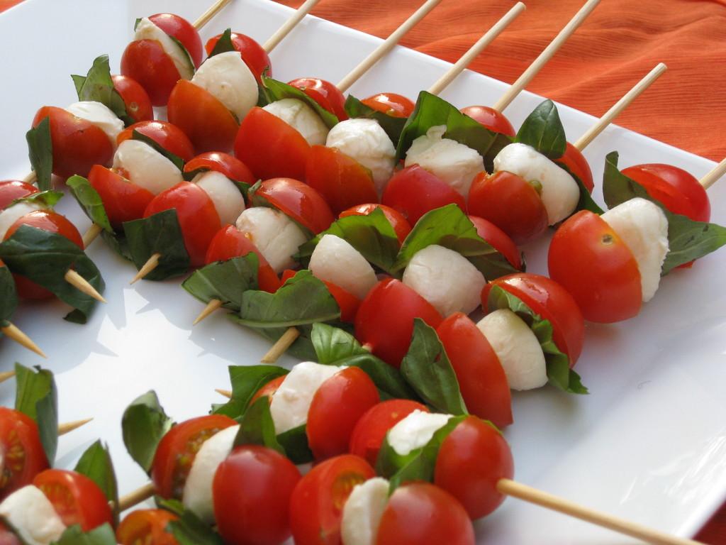 Tomaten-Mozarella Spiessli