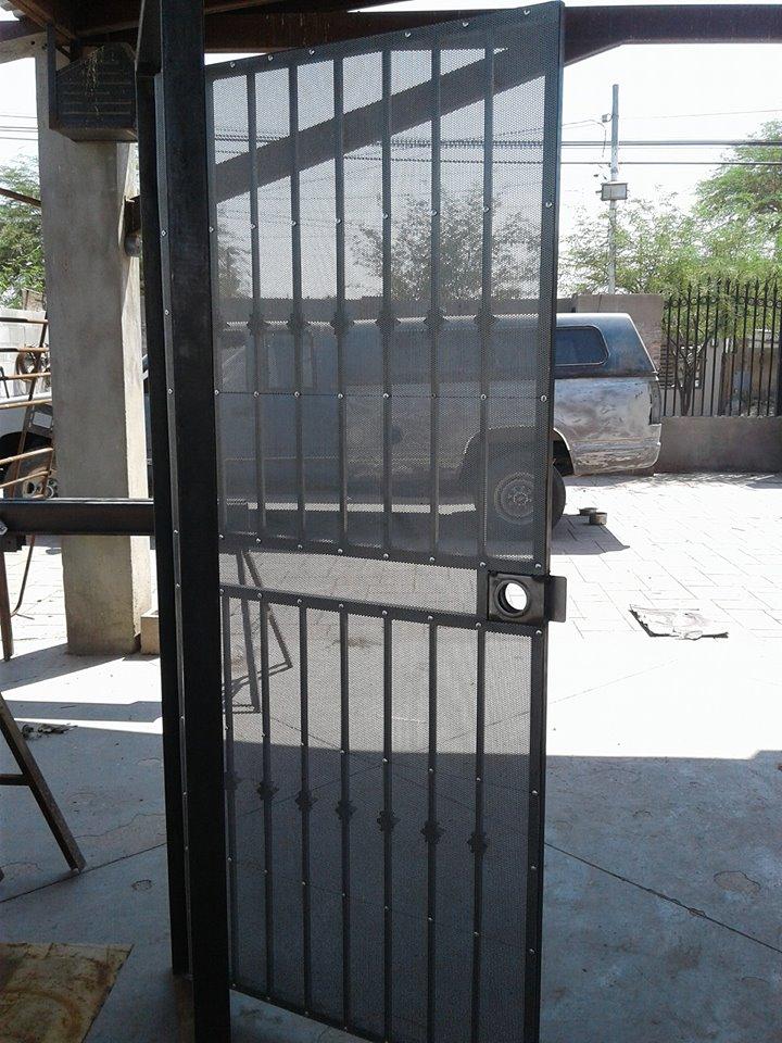 """Metal Desplegado en Malla Mosquitera MOSQUIRED para puertas y ventanas en Rollo y Hoja de Metal Desplegado AC """"GRUDISA"""""""