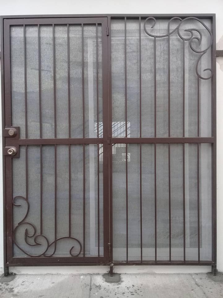 """Malla Mosquitera MOSQUIRED para puertas y ventanas en Rollo y Hoja de Metal Desplegado ED """"GRUDISA"""""""