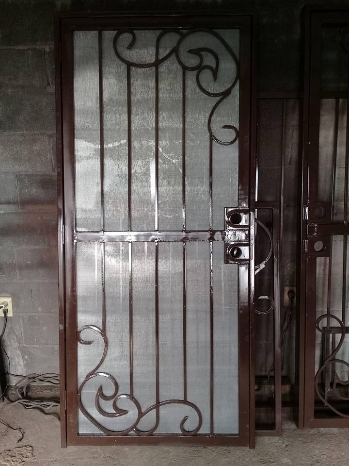 """Malla Mosquitera MOSQUIRED de Metal Desplegado para puertas y ventanas en Rollo y Hoja de Metal Desplegado BÑ """"GRUDISA"""""""