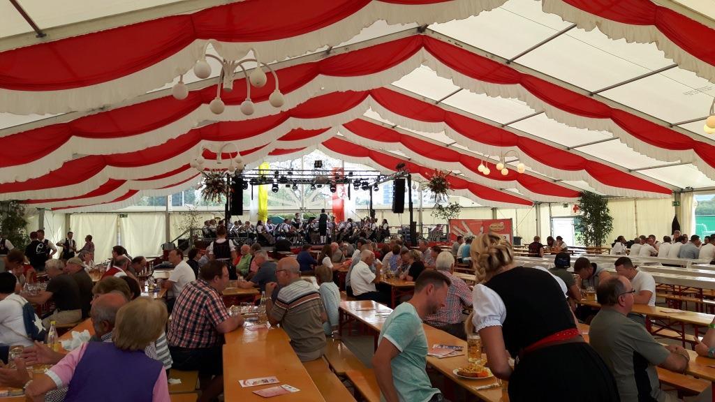 September - Magnusfest Festzelt