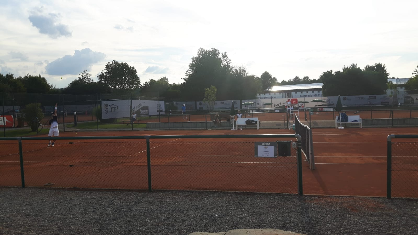 Juni - Schneider Open