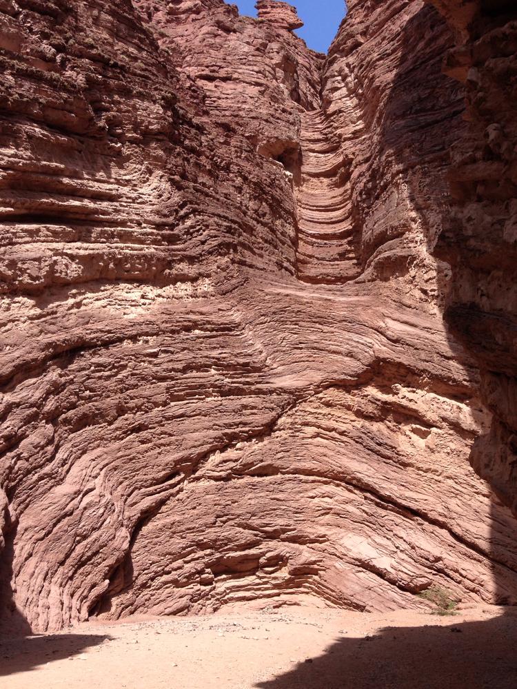 Einer der Sehenswürdigkeiten. Felsformationen Richtung Cafayate, Rt. 68