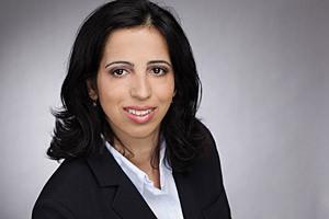Roya Bouchehrian, Diplom-Übersetzerin